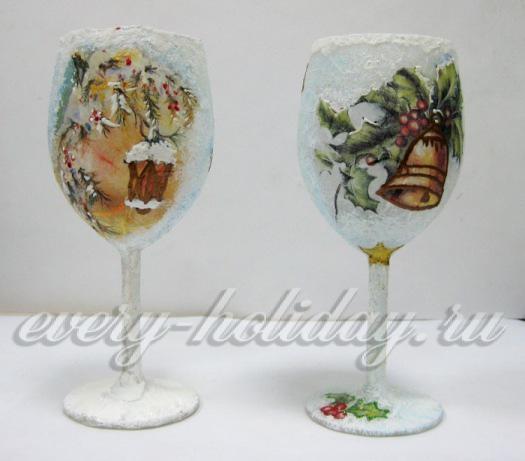 Украсить атласными лентами бутылки шампанского своими руками