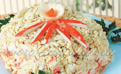салаты с рыбой и крабовыми палочками рецепты