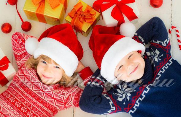 стишки на новый год для детей 4-5 лет