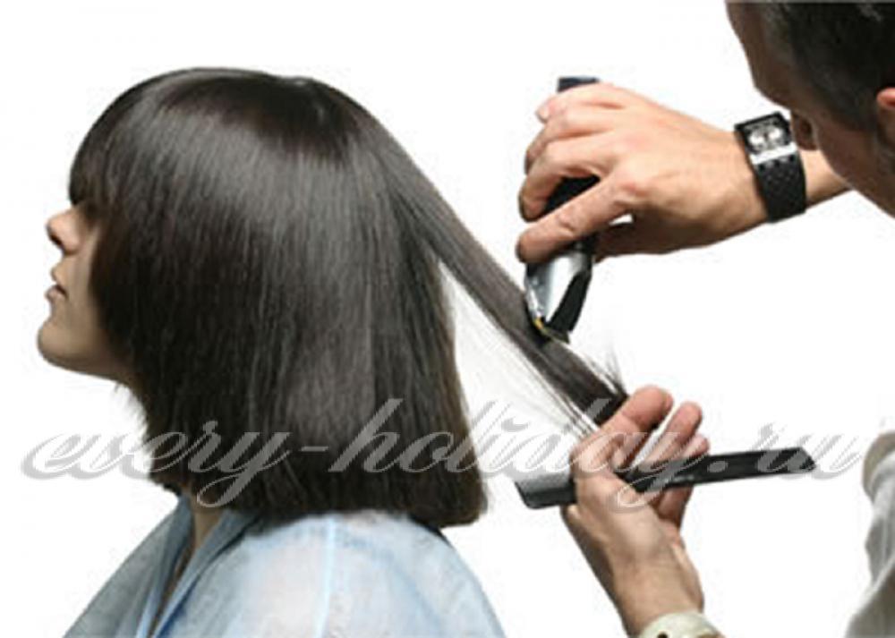 Какие благоприятные дни для стрижки волос
