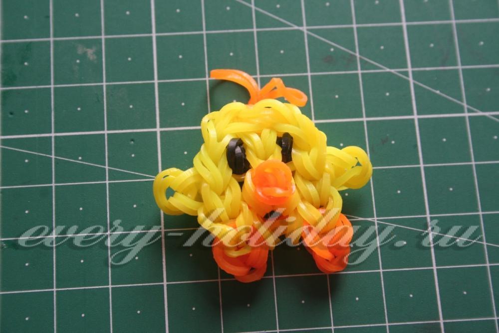 Плетение из резинок цыплят
