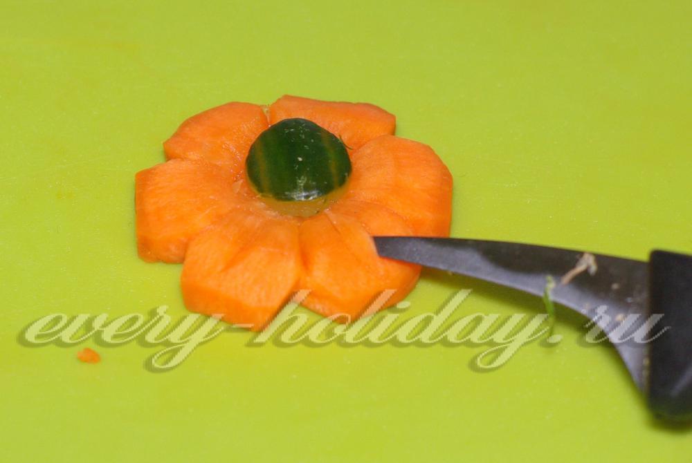 Сделать цветы из моркови своими руками 4
