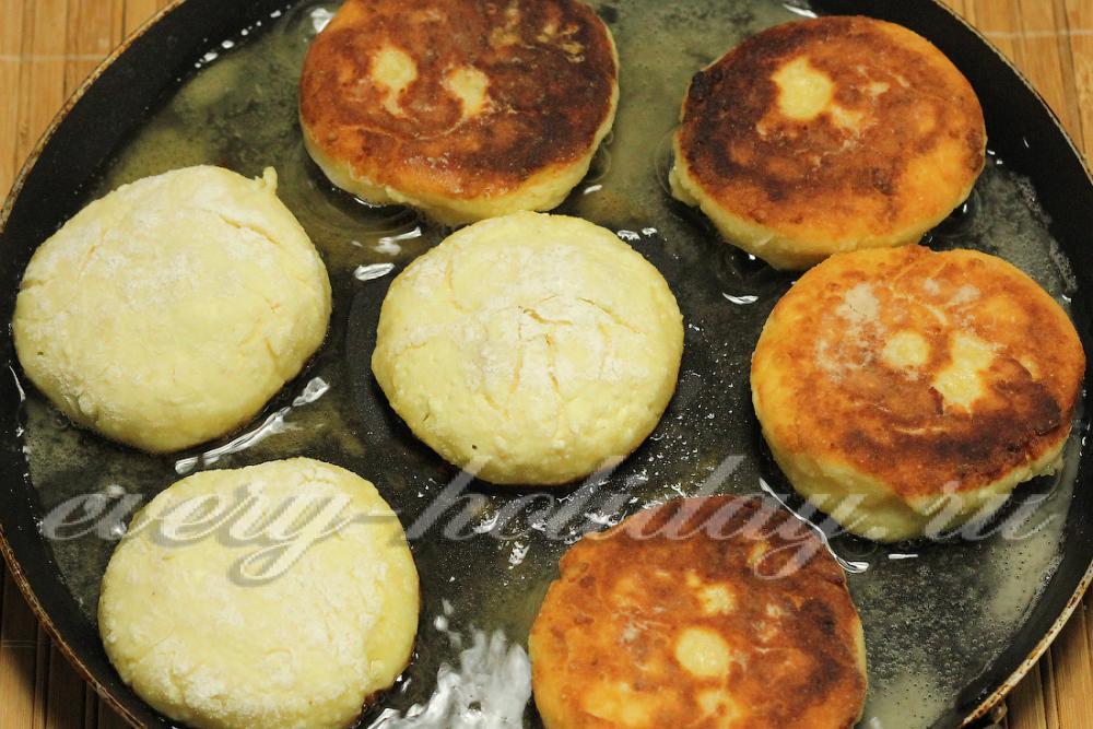 Сырники из 500 гр творога рецепты пошагово пышные 15