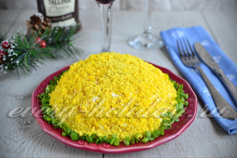 Салат с печенью трески с соленым огурцом рецепт с очень вкусный