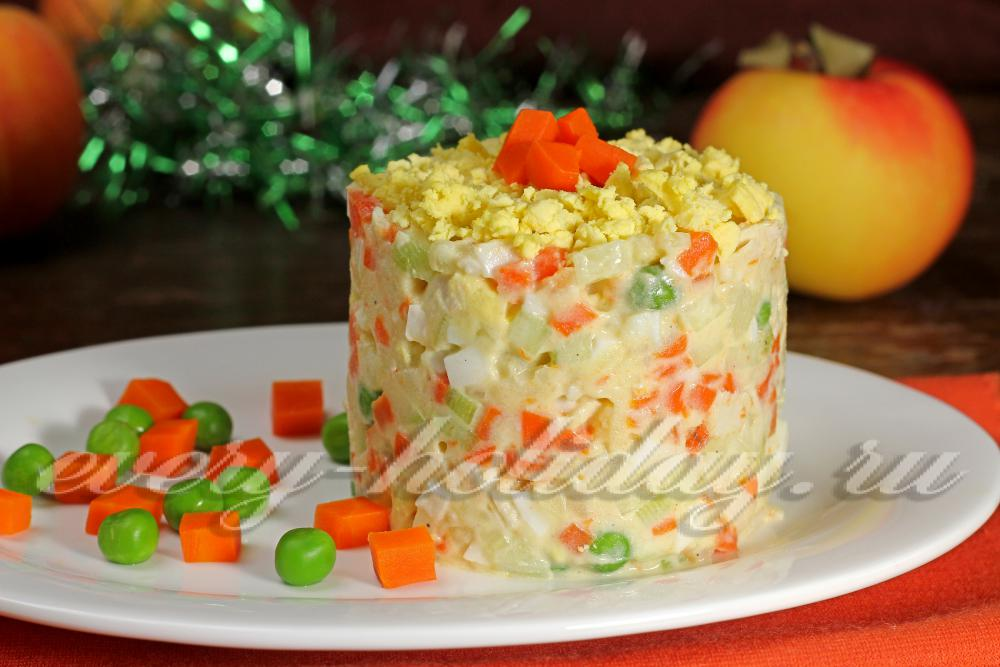 Как салат сделать круглым 712