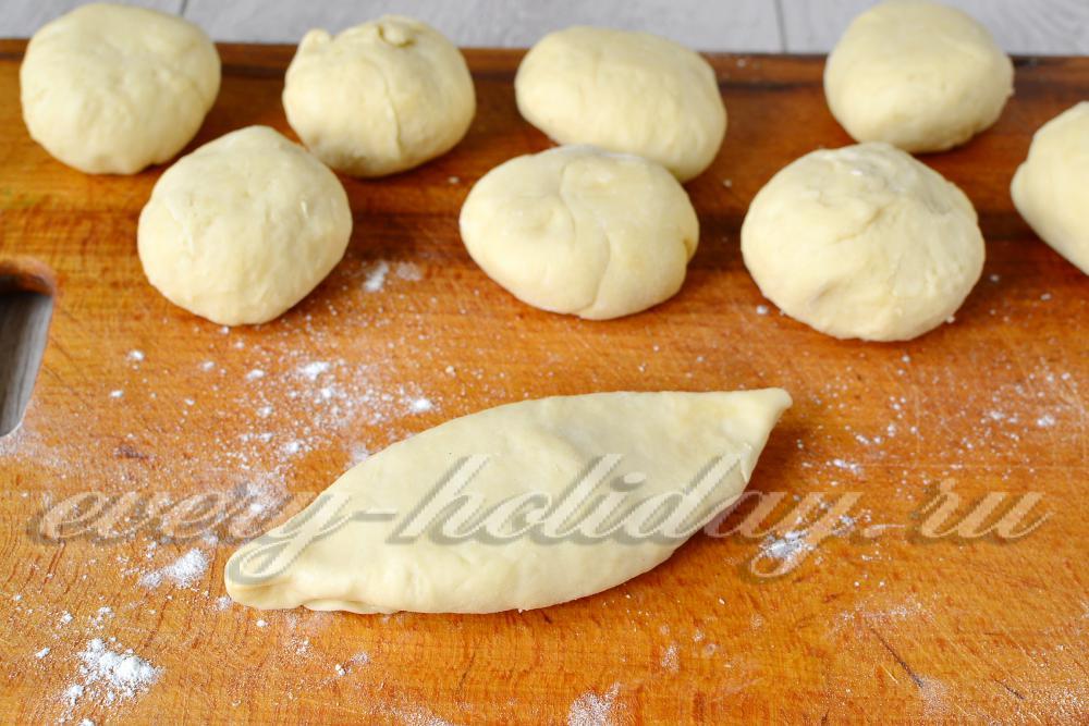 Как сделать жареные пирожки из дрожжевого теста 268
