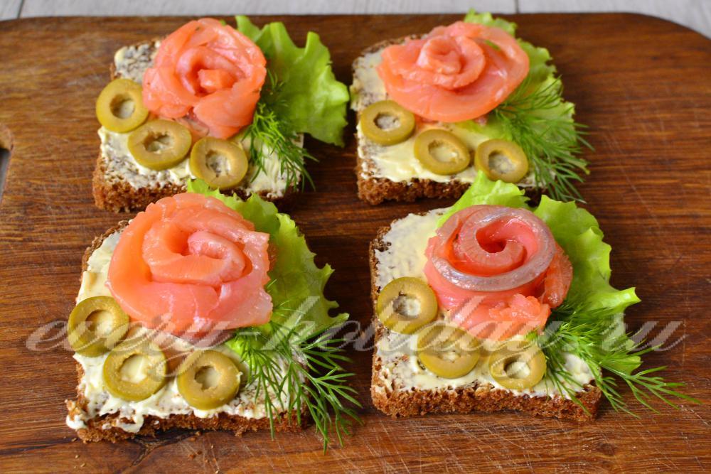 Оформление бутербродов с семгой