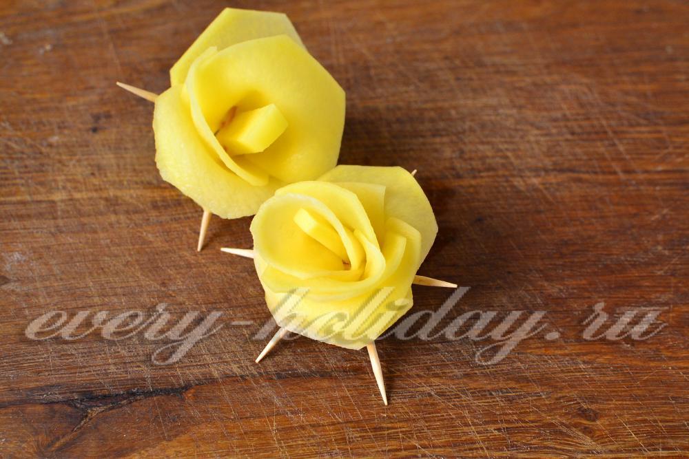 Как сделать розы из картошек 514