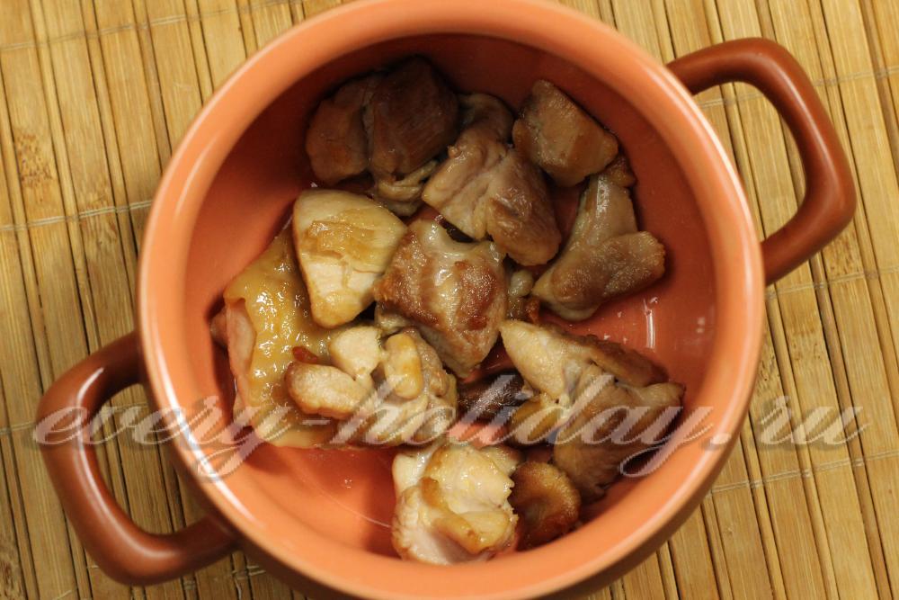 Как готовить горшочки с мясом и картошкой в духовке видео