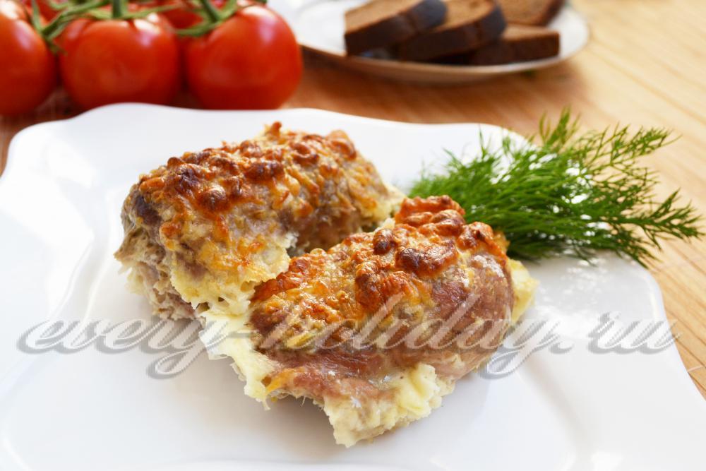 рецепты рулетов из свинины с начинкой в духовке
