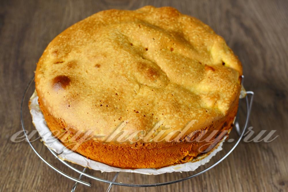 Шарлотка с яблоками рецепт с пошагово самый воздушный с сметаной