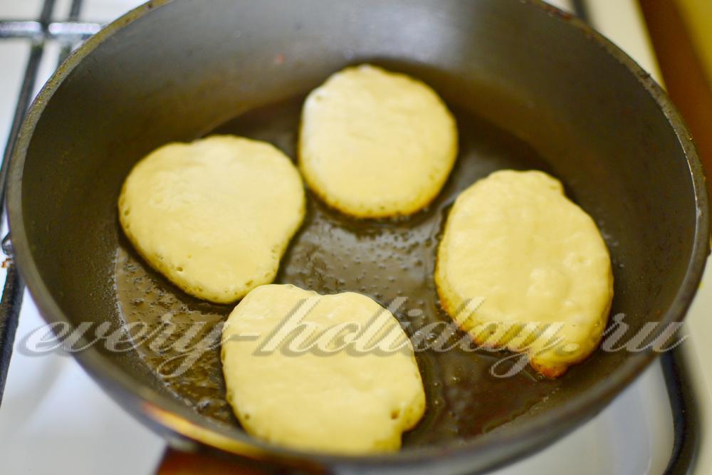 Рецепт оладьев на кефире с пошагово без яиц