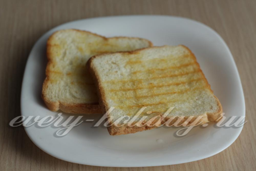 жареный хлеб со шпротами фото рецепт