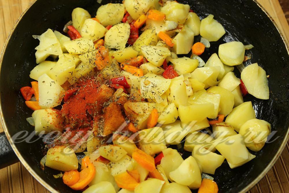 Как можно приготовить капусту вкусно на сковороде