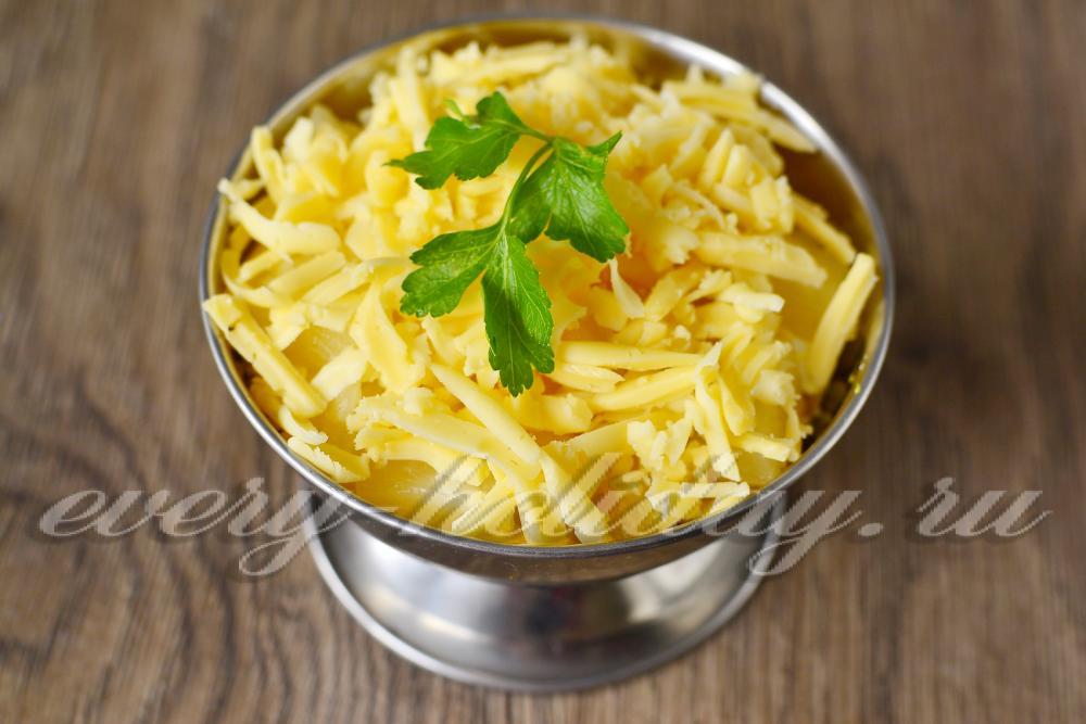 салат из курицы с грибами и ананасами пошаговый рецепт с фото