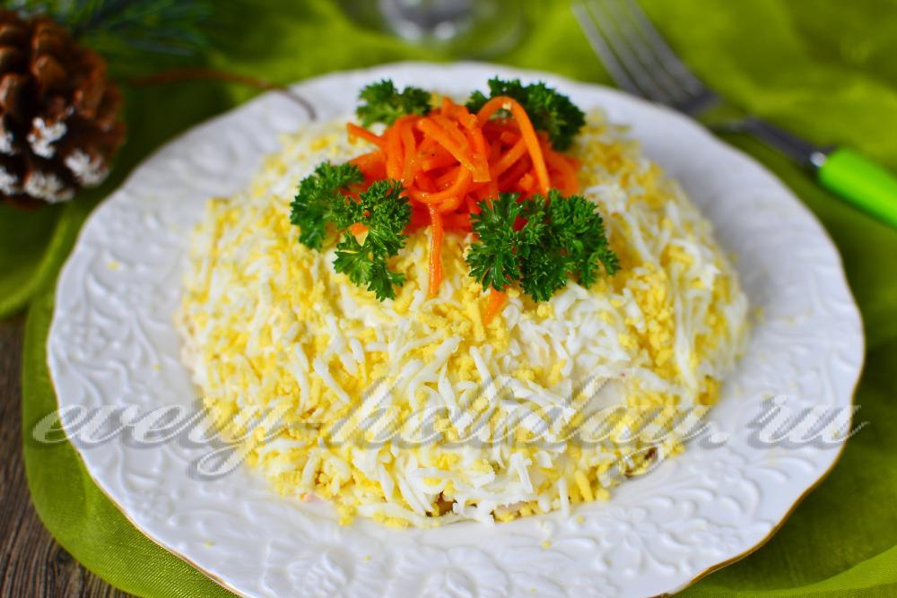рецепт салата с копченой курицей и морковью