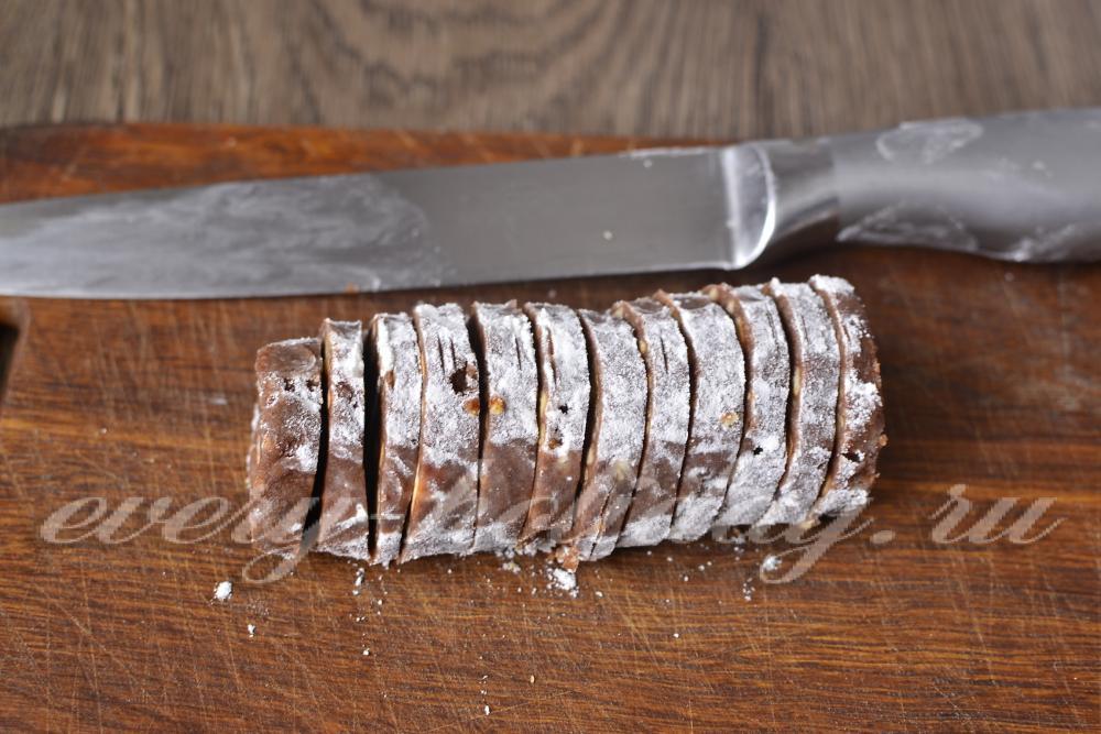 Шоколадная колбаса по классическому у