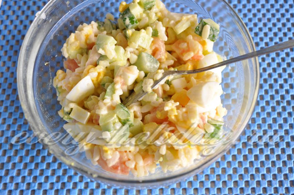 салат из красной рыбы и огурцов рецепт