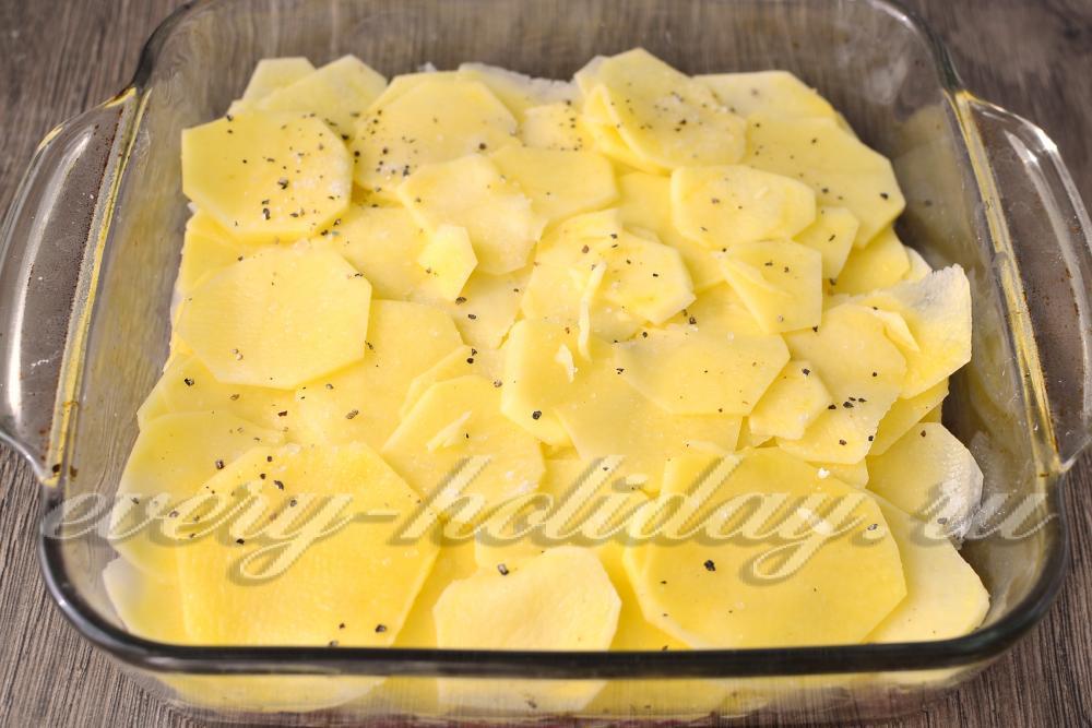 Запеканка из картофеля кружочками с фаршем в духовке рецепт