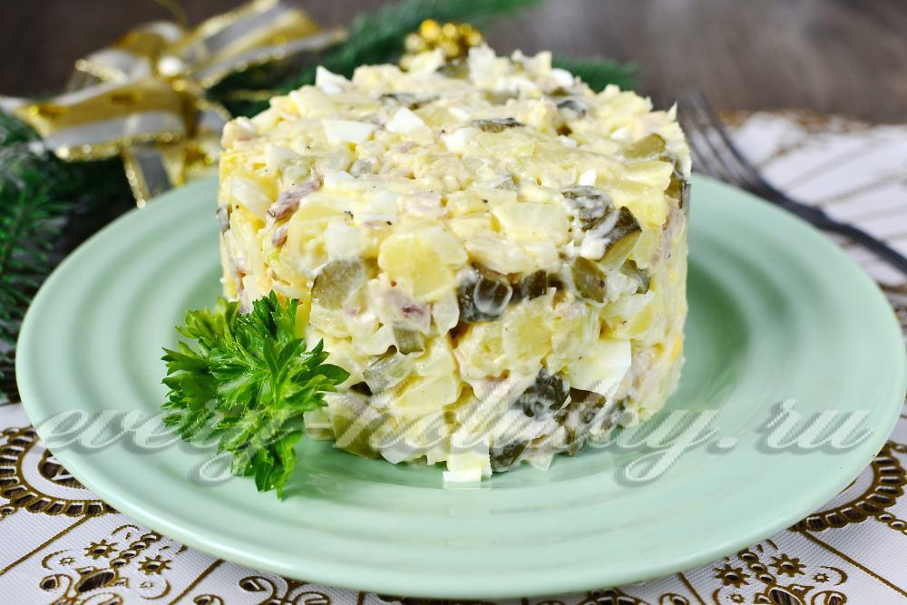 рецепт салата столичного с курицей