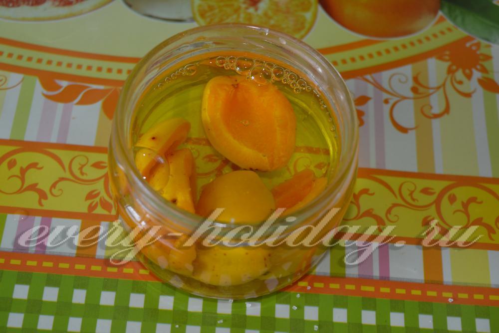 Компот из абрикос варить