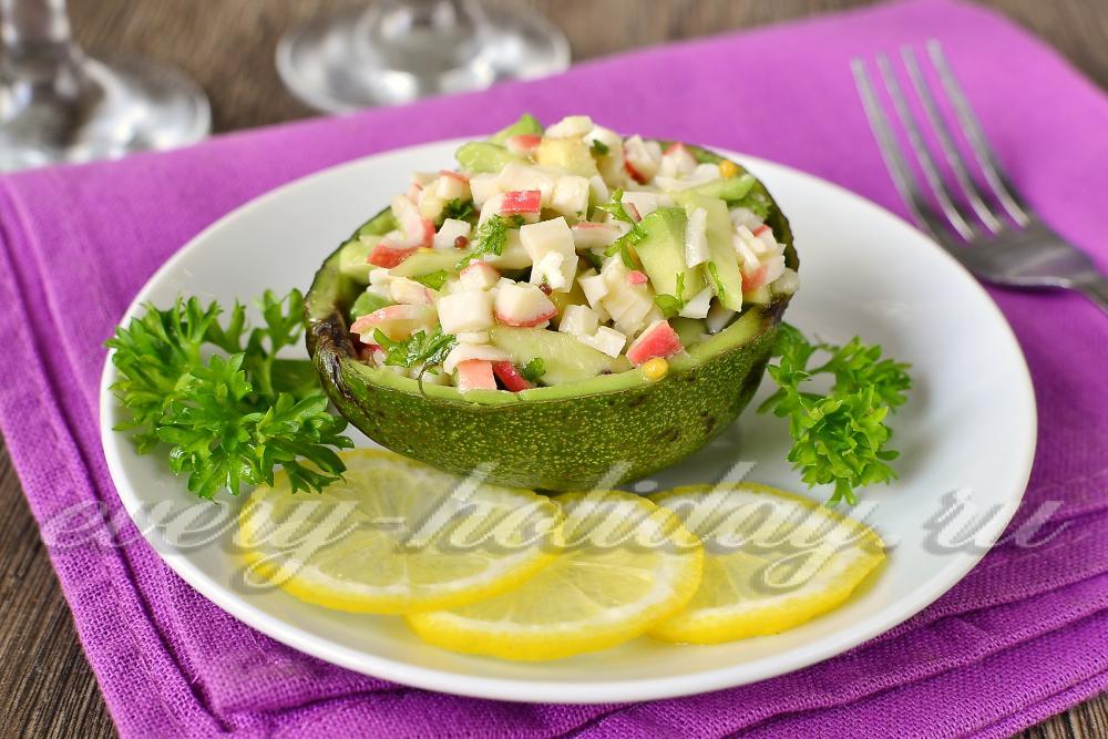 рецепт салат с авокадо и крабовыми палочками и