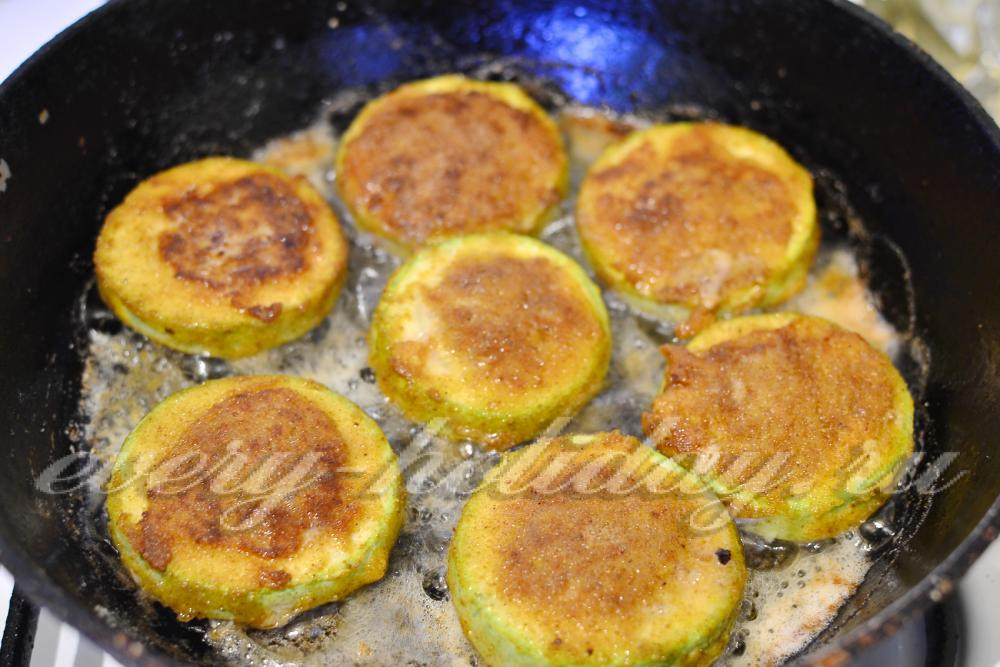 Рецепт жареных кабачков на сковороде