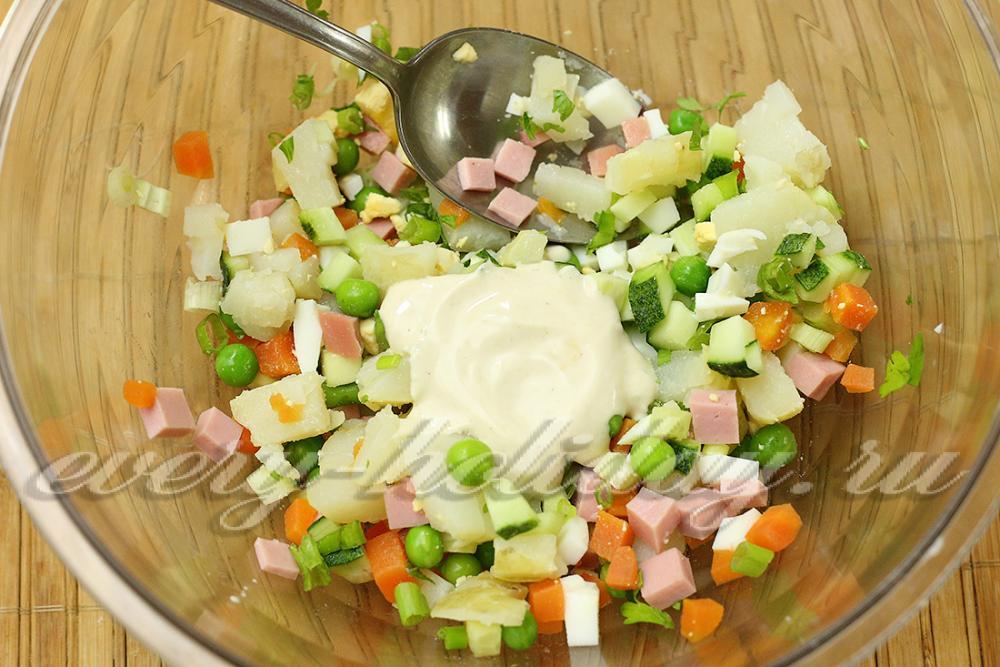 Рецепты салатов со сметаной без майонеза с