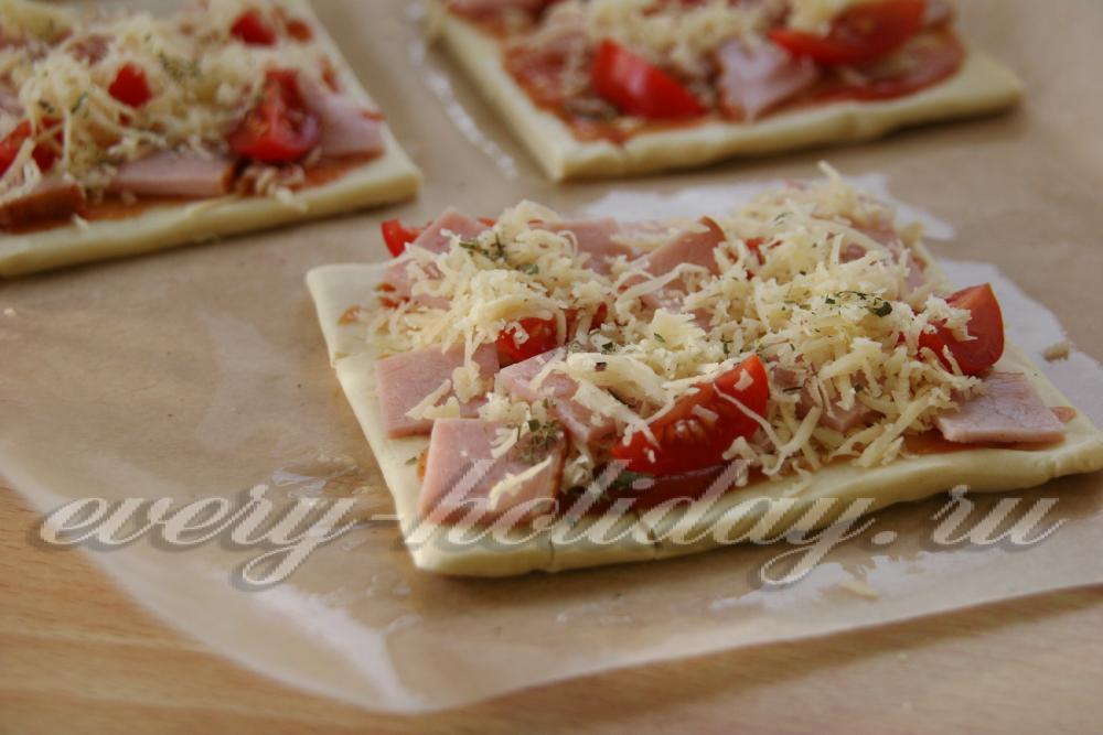 пицца на слоеном тесте в духовке рецепт