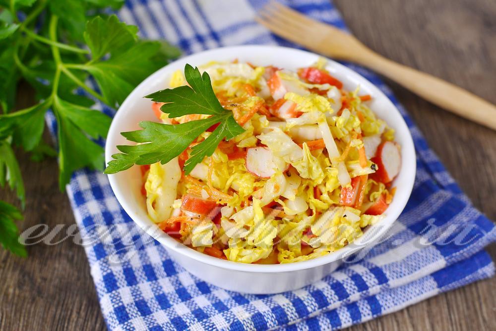 рецепт салата с пекинской капустой и консервой