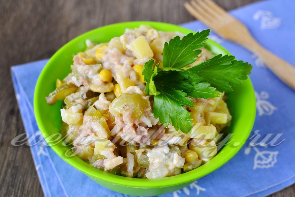 салат с тунцом оливками рецепт
