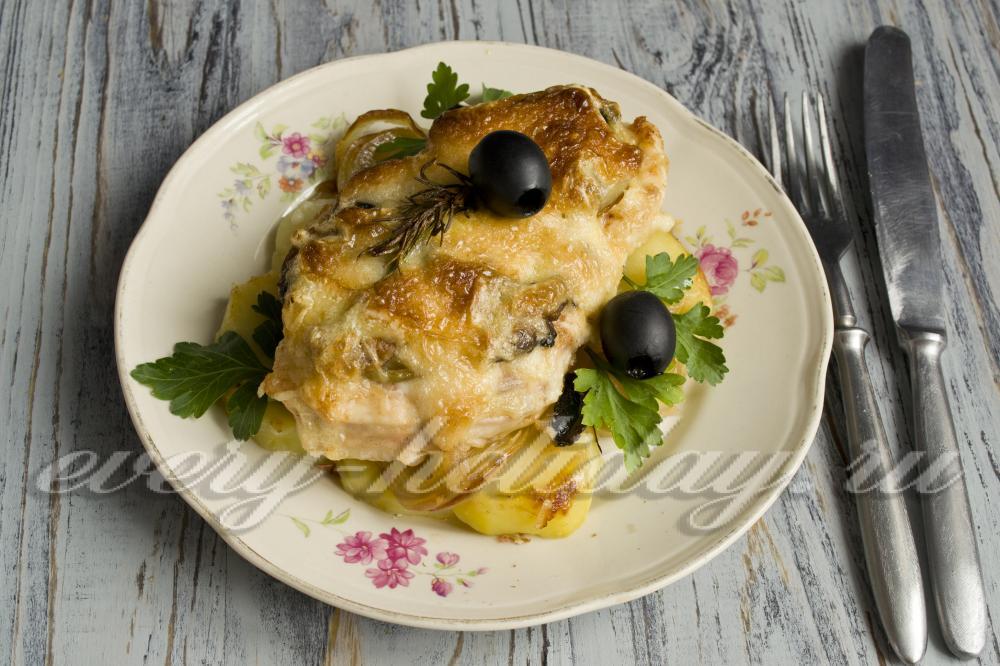 Блюда в горшочках с картошкой мясом грибами и картошкой в духовке рецепт 3