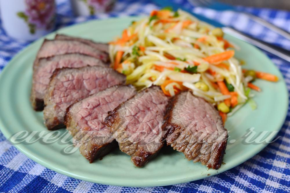 как пожарить стейк из говядины на сковороде чтобы он был сочным и мягким