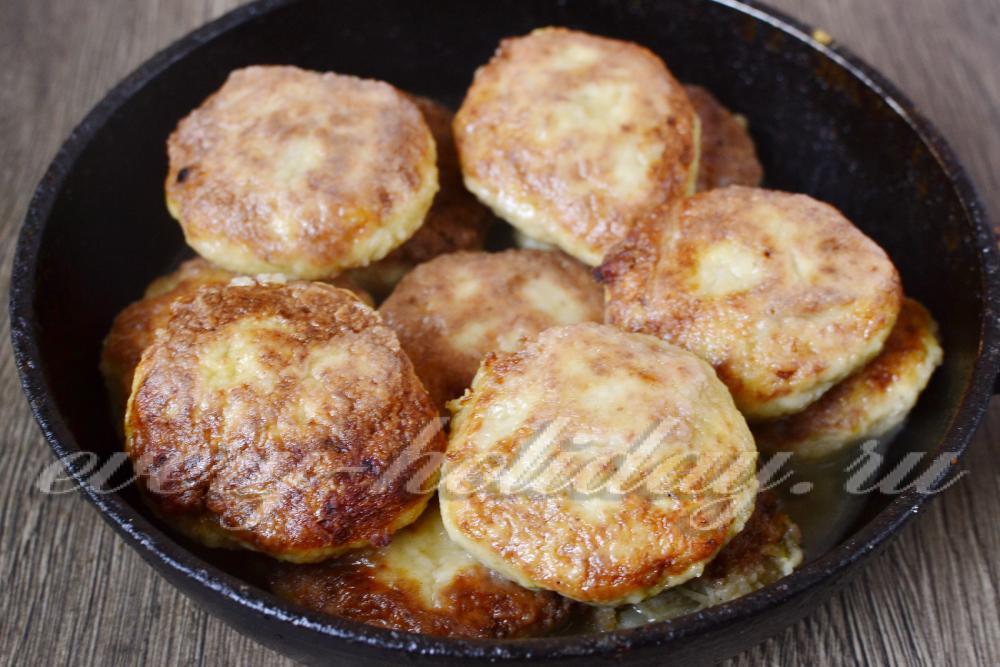 Как сделать сочные куриные котлеты на сковороде 167