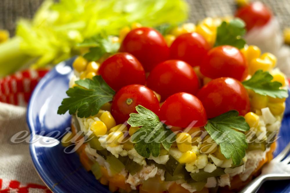 Салат из пекинской капусты с курицей (пошаговый рецепт)