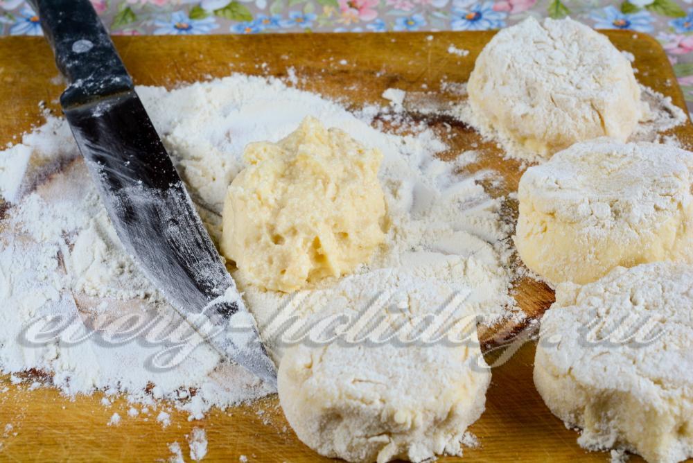 Творожные сырники пышные рецепт с манкой