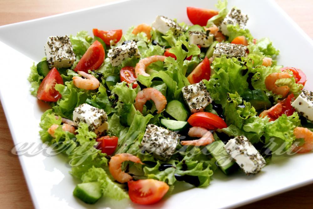 Салат с брынзой и креветками рецепт 133