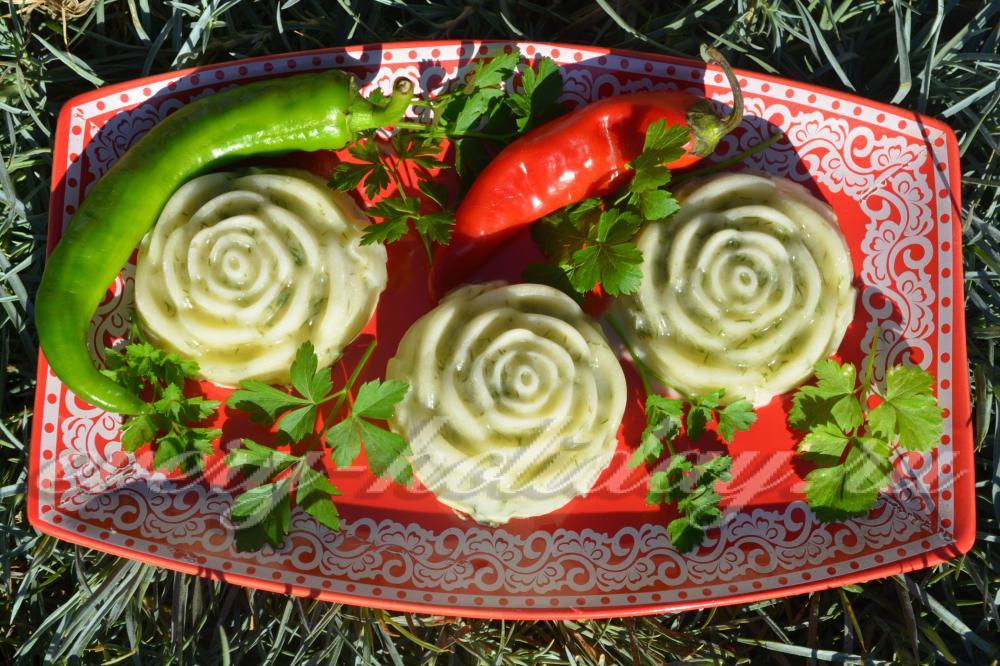 Как готовит салат из огурцов на зиму