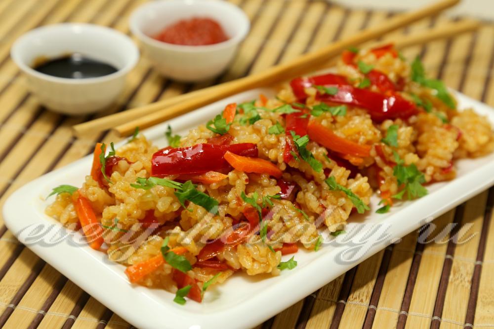 рис с овощами и соевым соусом рецепт