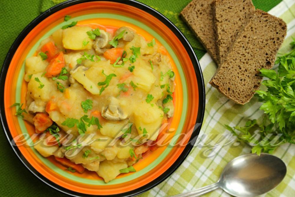 Тушеная картошка с мясом и капустой в кастрюле рецепт с пошагово в