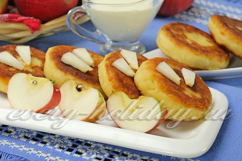 Рецепт сырников с манкой и творогом фото