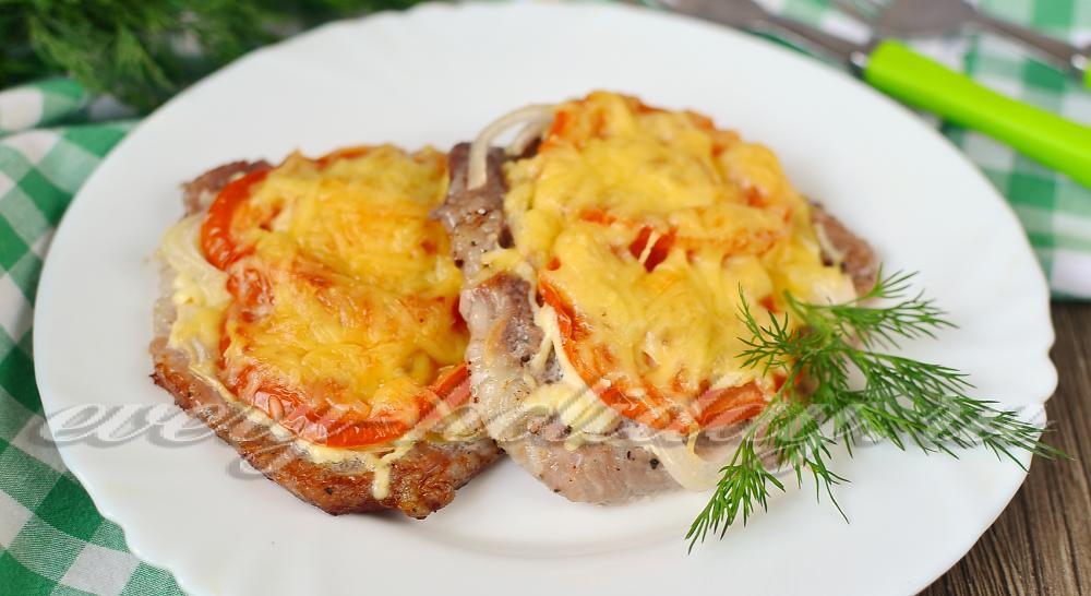 рецепт мяса по-французски из свинины с помидорами в духовке