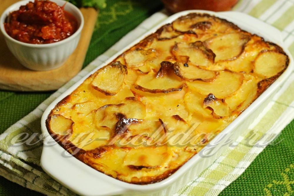 Рецепт макарон с колбасой и сыром в духовке