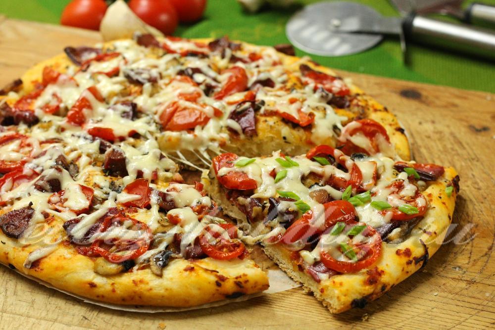 Вкусная пицца своими руками с колбасой 61