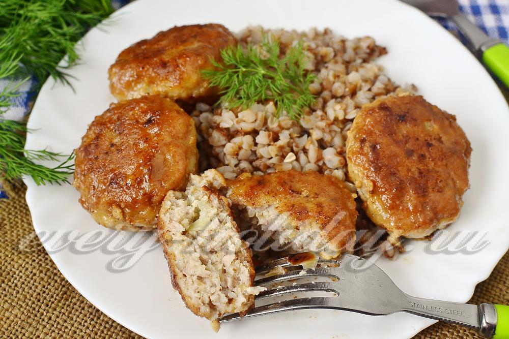 Приготовить куриную печень в сметане рецепты с фото