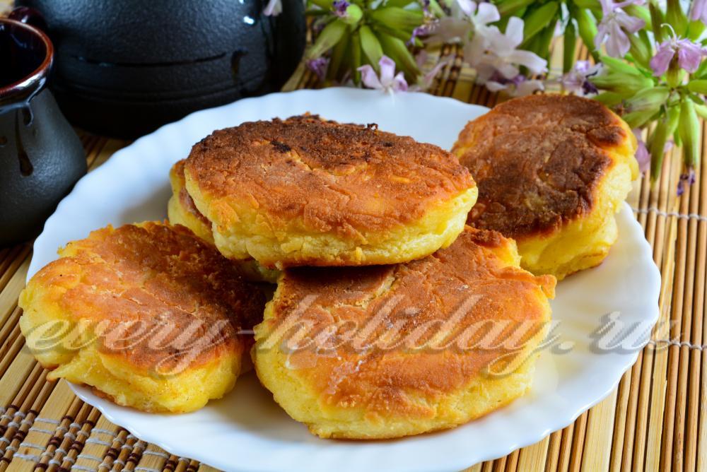 Сырники из творога на сковороде рецепт с фото пошагово пышные