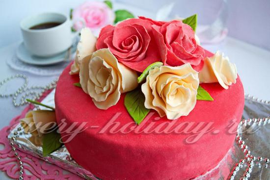 Бисквитный торт с вишней «Розы»