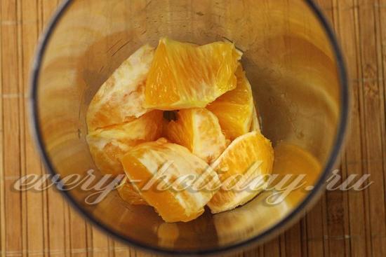измельчаем в пюре апельсин
