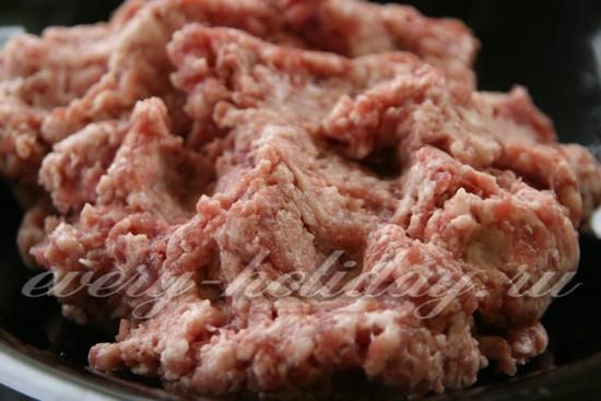 Как сделать свиной фарш для котлет 16