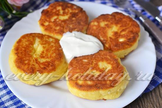 Сырники с творогом рецепт с фото пошагово с манкой